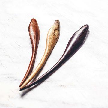 banana-leaf-hairstick-rosewood-teak-tamarind-front-view