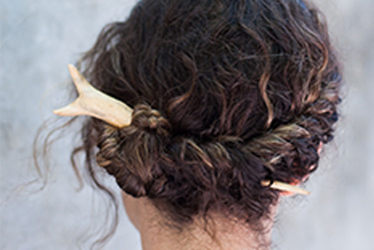 "How to do a ""French Twist"